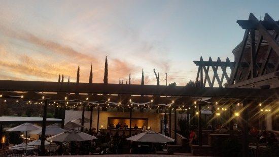 Temecula, Califórnia: Back patio at Sunset