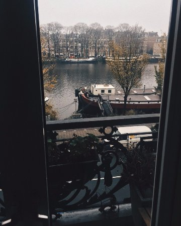 Amstel Riverview: вид из номера