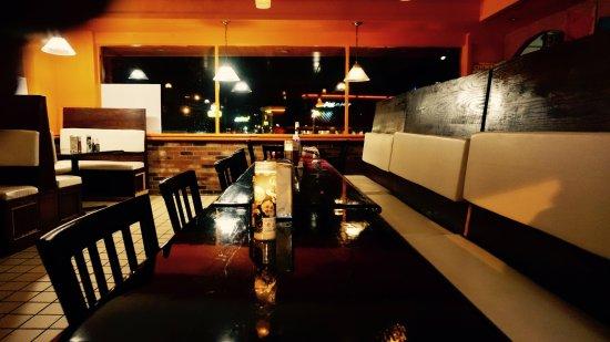 Hamburg, NY: inside restaurant