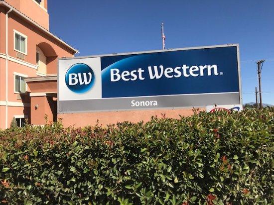 Nogales, AZ: Front Sign