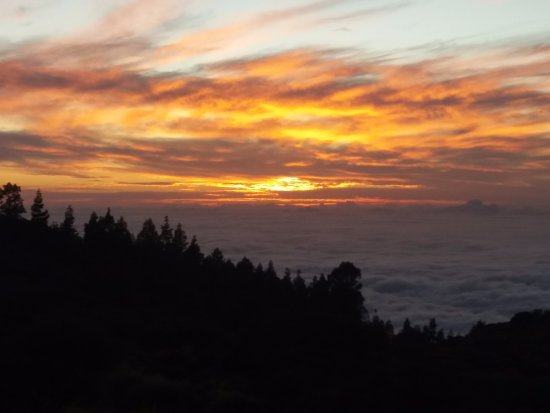 Vilaflor, España: Sunset up Mount Teide