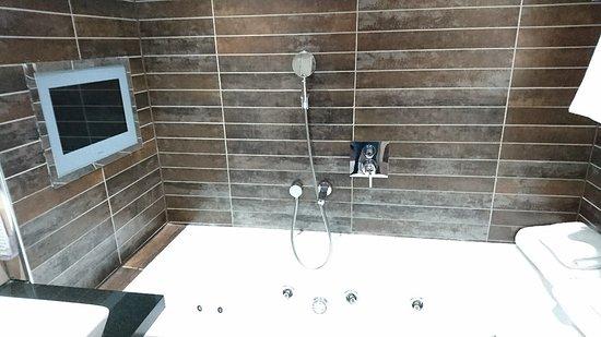 Roomzzz Manchester City: DSC_1680_large.jpg