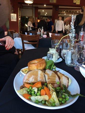 Nuneaton, UK: Roast turkey Sunday lunch