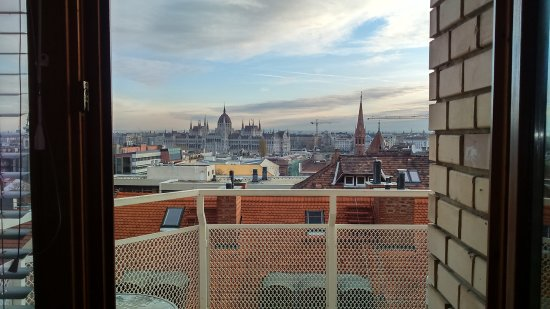 B & B Bellevue Budapest: beautiful view :)