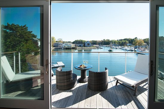The Boathouse Waterfront Hotel: View from the Admiral's Suite