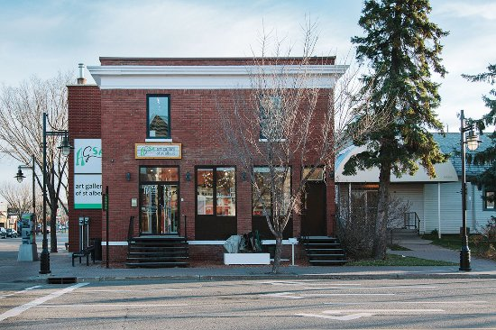 St. Albert, Canadá: The Art Gallery is undergoing renovations to become barrier-free