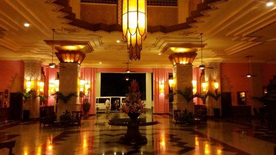 Hotel Riu Vallarta: Loby