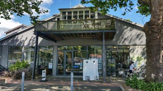 Whanganui I-Site riverbank facade