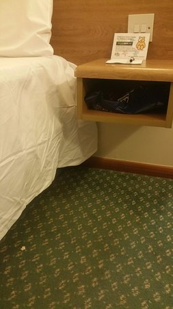 Shardlow, UK: What's this in a serviced room?
