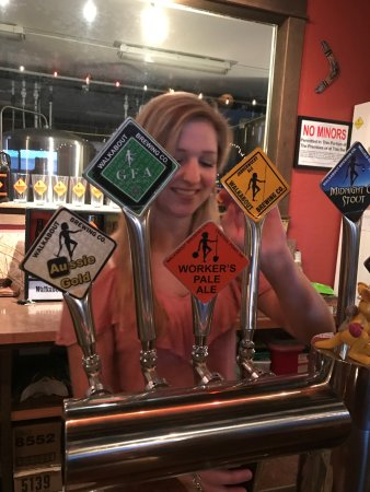 Medford, OR: Erin serving a Jabberwocky!