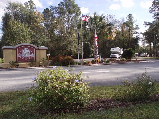 Wildwood, FL: Entrance to RV resort