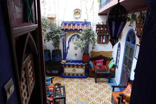 Dar antonio hotel chefchaouen maroc voir les tarifs for Salon zen rabat tarifs