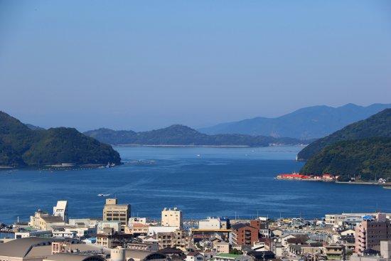 Uwajima Castle : 天守から見る宇和海も絶景です