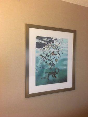 Rosemont, IL: artwork in room