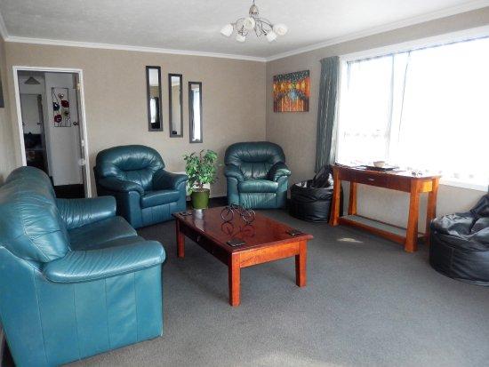 Omakau, Новая Зеландия: Cottage Lounge
