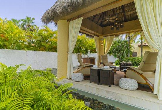 The St. Regis Punta Mita Resort: Remede Spa  Manicure Area