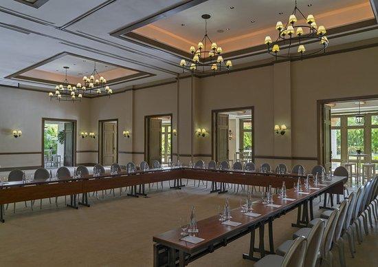 The St. Regis Punta Mita Resort: Astor Ballroom – U-Shape Meeting