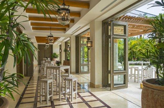 The St. Regis Punta Mita Resort: Astor Foyer