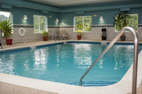Holiday inn express hotel suites logan bewertungen for Swimming pool preisvergleich