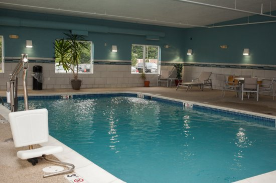 Logan, Virginia Barat: Swimming Pool