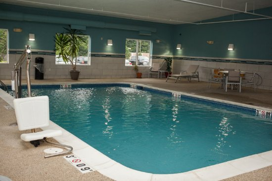Logan, WV: Swimming Pool
