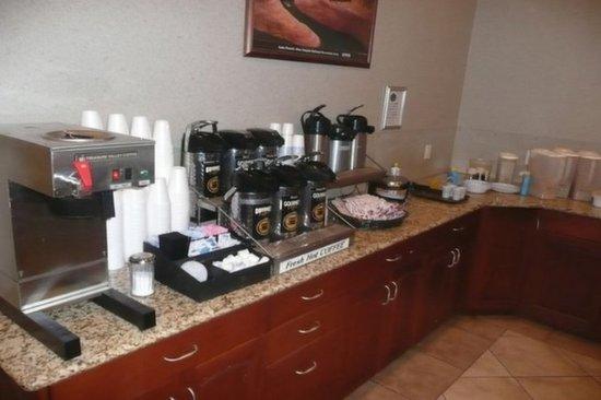 Price, UT: Breakfast Area