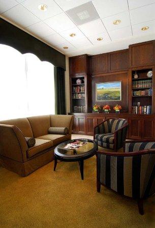 Brookfield, WI: Hotel Lobby