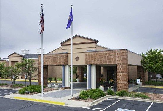 Brookfield, WI: Hotel Exterior