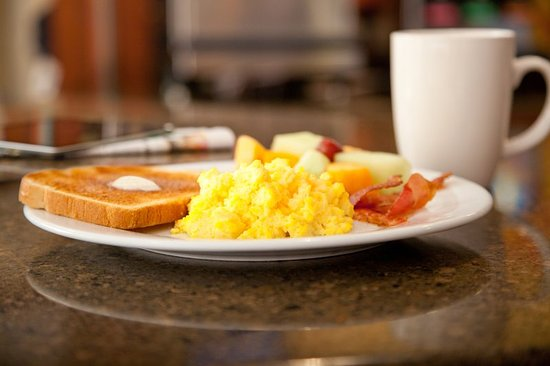 Staybridge Suites: Houston Humble - Generation Pk Breakfast
