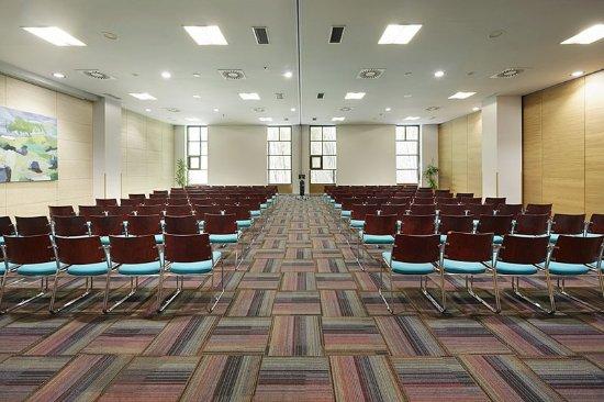079943 meeting room picture of hotel puerta de bilbao barakaldo tripadvisor - Hotel puerta de bilbao barakaldo ...