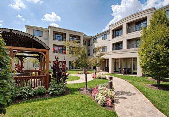 Wall Township, Nueva Jersey: Courtyard