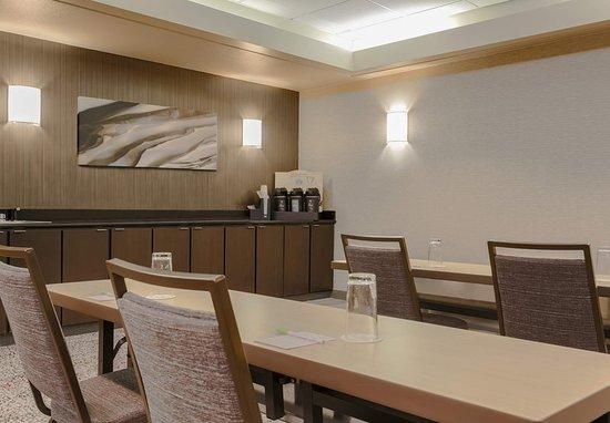 Courtyard Orlando Lake Mary/North: Meeting Room - Break Station