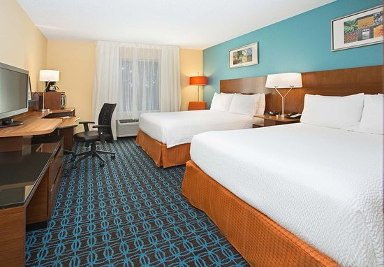 Milford, ماساتشوستس: Queen/Queen Guest Room