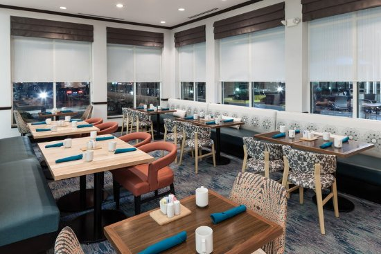 Foto De Hilton Garden Inn Cincinnati Mason Mason Restaurant Tripadvisor