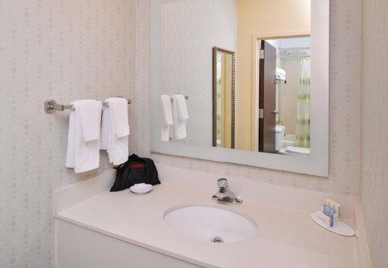 Pinehurst, NC: Suite Bathroom