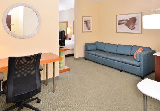 Pinehurst, NC: Suite Living Area