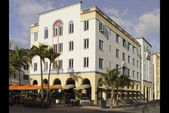 Hotel Breakwater South Beach: Hotel exterior
