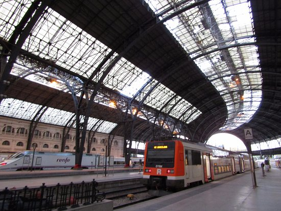 Foto de estacio de fran a barcelona estaci n de francia for Como ir de barcelona a francia