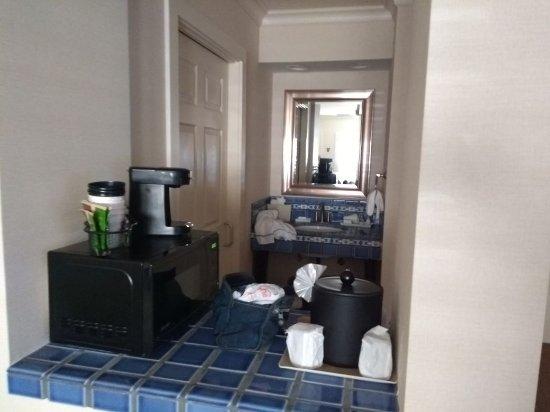Best Western Plus Island Palms Hotel & Marina: IMG-20171120-WA0002_large.jpg