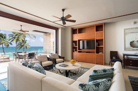 Dorado Beach, a Ritz-Carlton Reserve: 3 Bedroom Residence Living Room