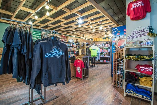 Christmas Mountain Village: Gift Shop