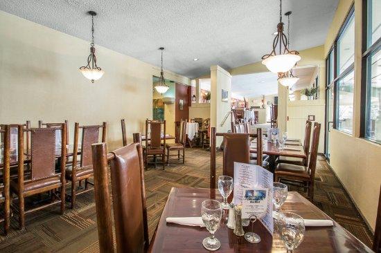 Christmas Mountain Village: Restaurant