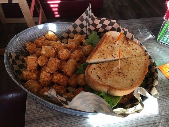 Sandy, OR: B.L.A.T. sandwich and tots