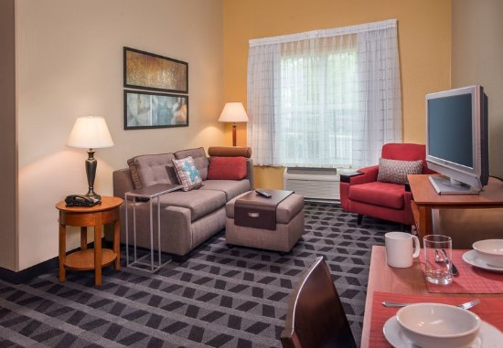 Clinton, MD: Two-Bedroom Suite - Living Area