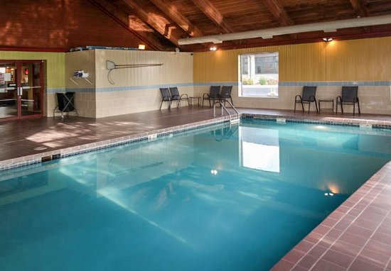 Sturtevant, WI: Indoor Pool