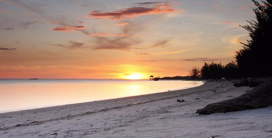 Pulau Mantanani Besar, Malaysia: Come & Experience The Most Amazing Sunset at Mantanani Island