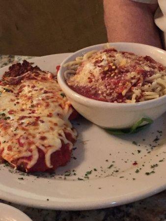 Riverview, FL: Chicken Parmesan