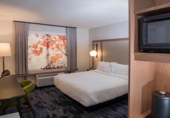 Walpole, MA: King Guest Room