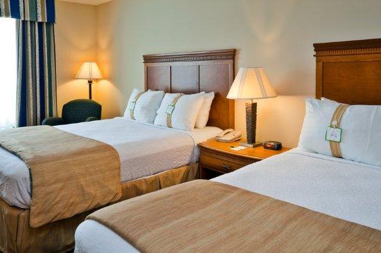 Valdosta, GA Holiday Inn Elegant Two Queen Beds Room