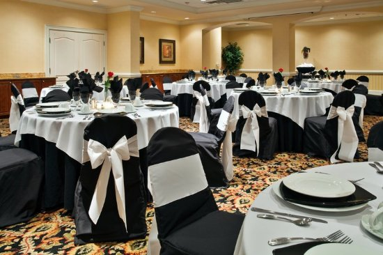 Valdosta, GA Holiday Inn! Book your special event with us!